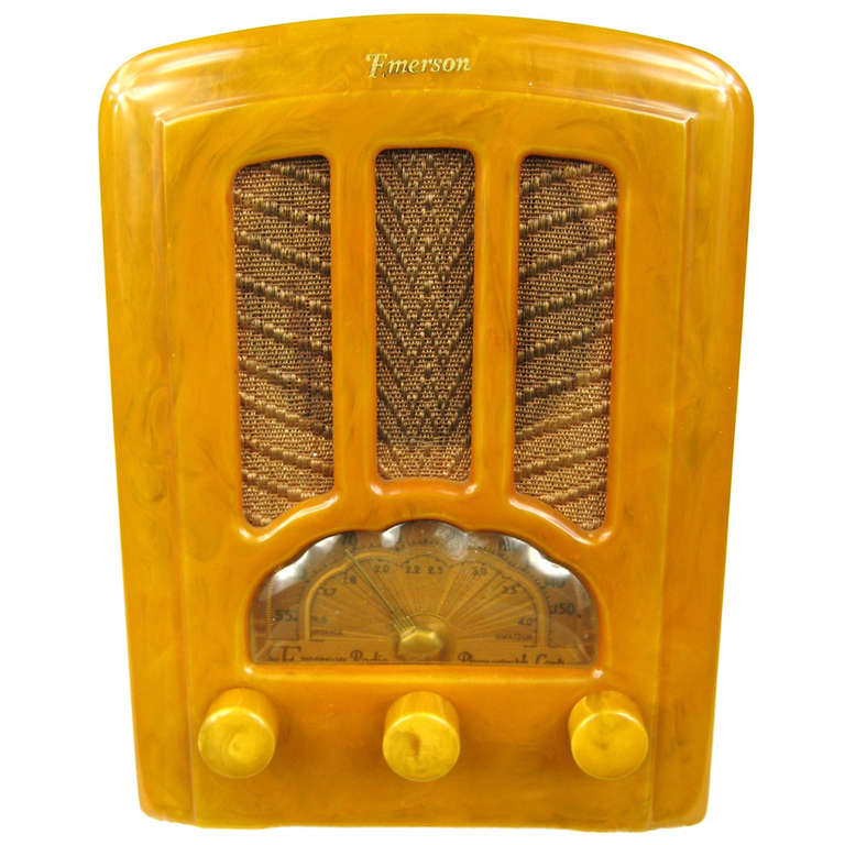 1937 Yellow Emerson AU-190 Cathedral Catalin Bakelite Tube Radio