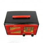 "1941 Iconic Motorola Black & Red ""S"" Grill Catalin Bakelite Tube Radio"