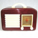 1940 Red General Television Catalin / Bakelite Tube Radio