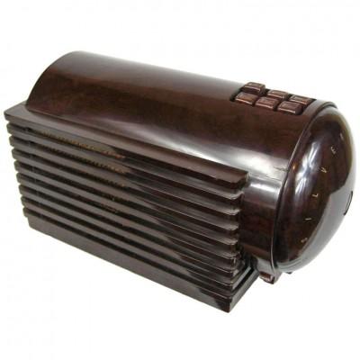 1930's Silvertone Rocket Bakelite Radio